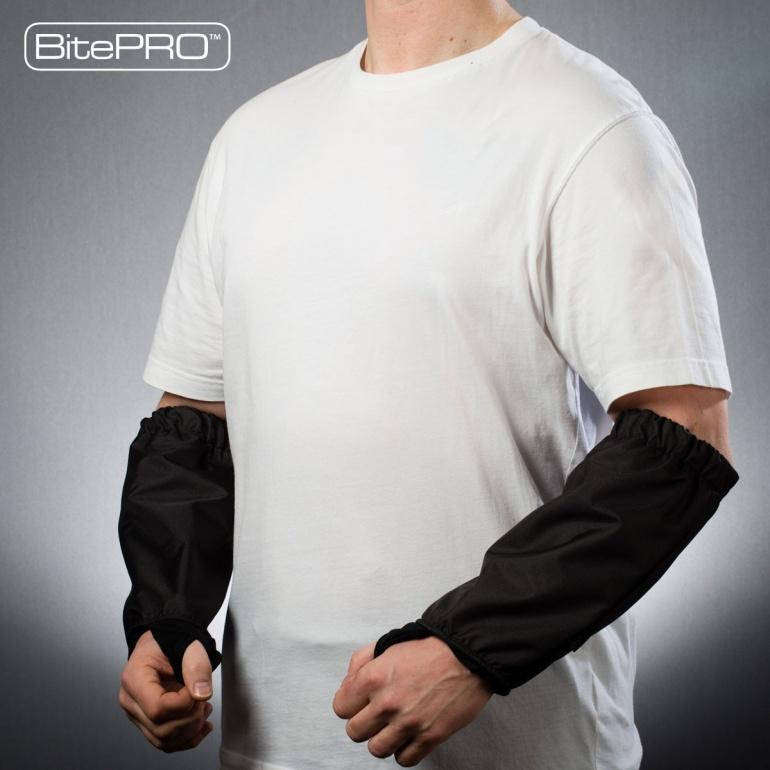 bite resistant Arm Guards v1 (black)