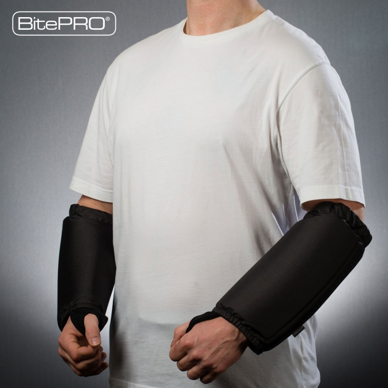 Bite Resistant Arm Guards V1 -  Added Protection (Black)